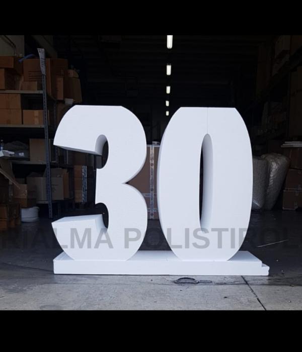 30 con scritta